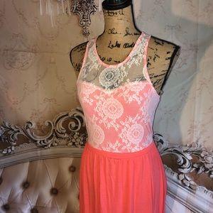 FLIRT Dresses - Beautiful Coral And Lace Maxi Dress w Slit